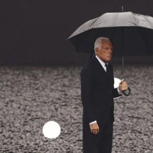 Nhà thiết kế Giorgio Armani - Cuộc viễn chinh cuối cùng & kế hoạch thoái vị?