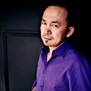 """Nhạc sĩ Quốc Trung: """"Hãy tắt tivi và khoác ba lô đi du lịch"""""""