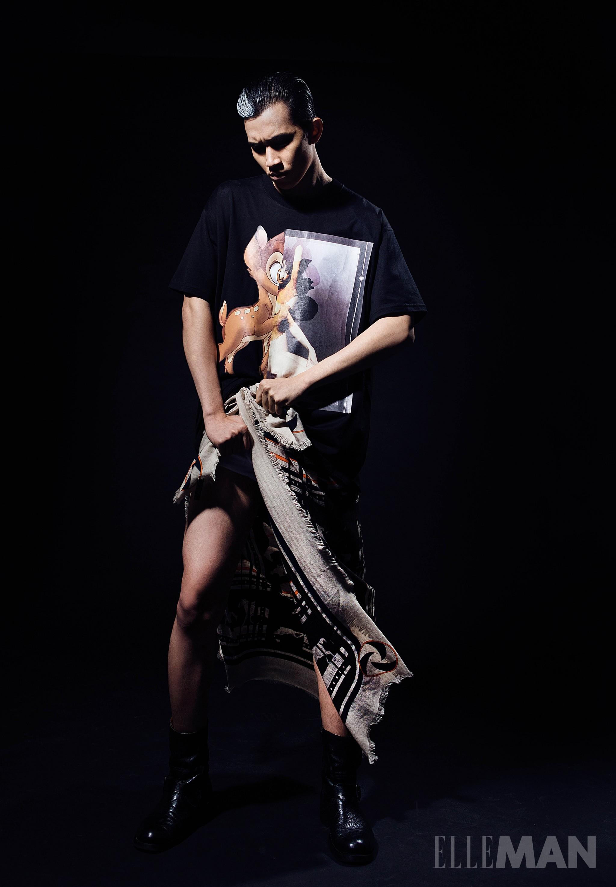 người mẫu Võ Cảnh mặc Givenchy