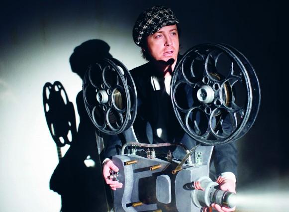 Sự phát triển của công nghệ đã giúp người xem phim có thêm nhiều trải nghiệm thú vị trước điện ảnh.