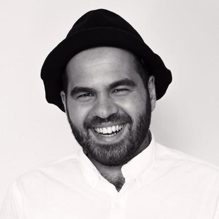 Blogger nổi tiếng Giuseppe Santamaria