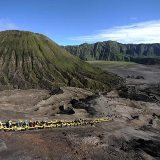 Thăm núi lửa Bromo khi du lịch Indonesia