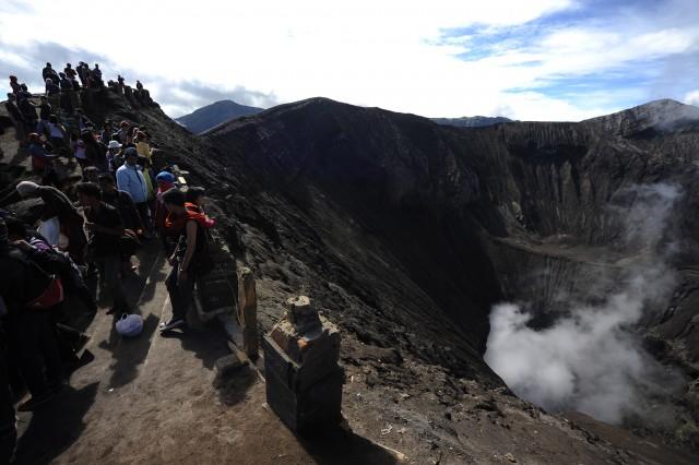 Du lịch Indonesia và ngắm núi lửa Bromo