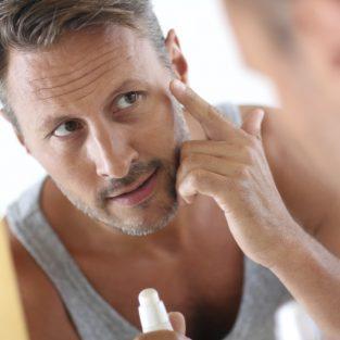 Cách chăm sóc da nhờn cơ bản cho quý ông