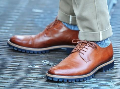 Câu chuyện lịch sử của đôi giày tây