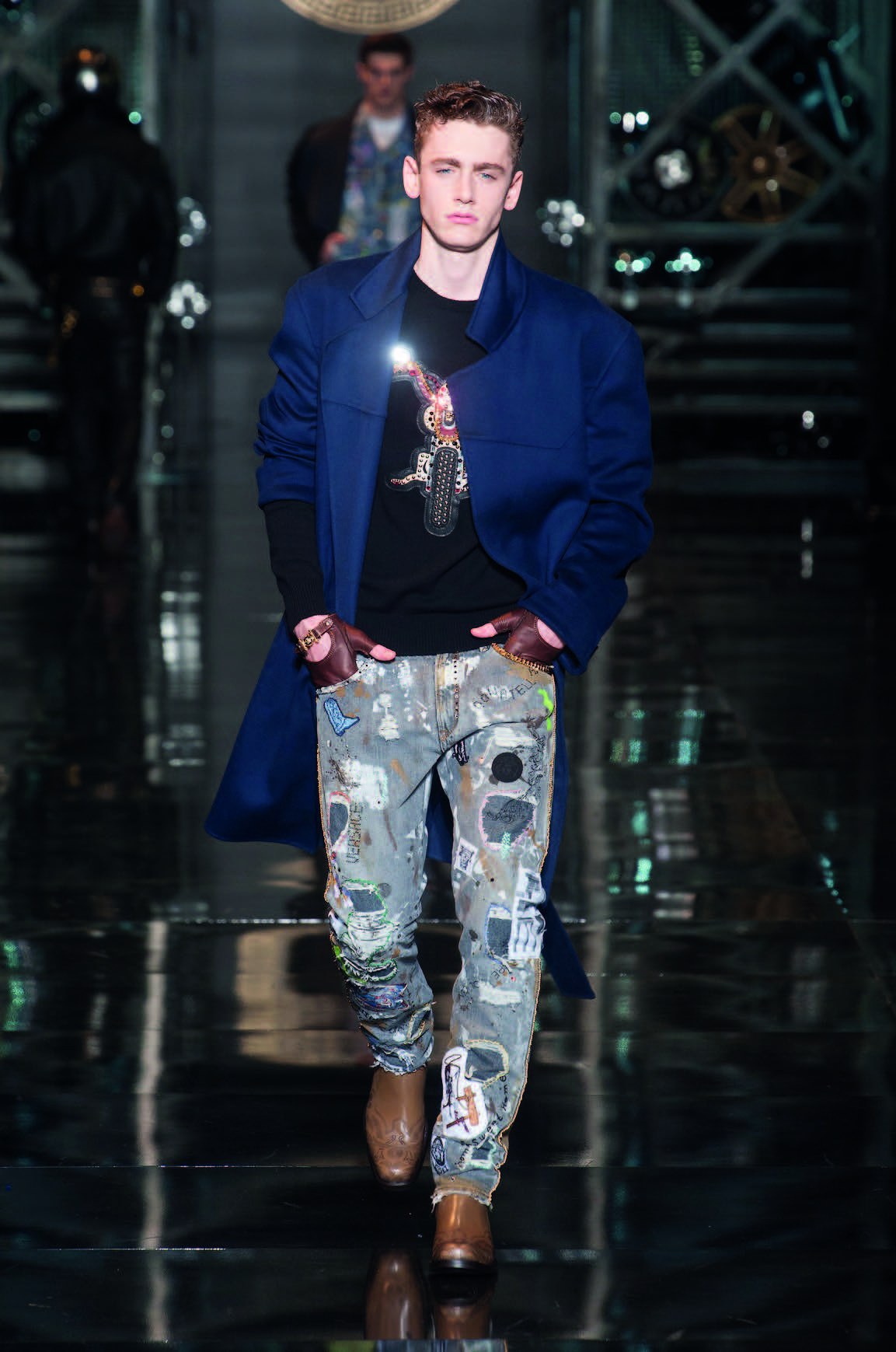 áo khoác dài Versace