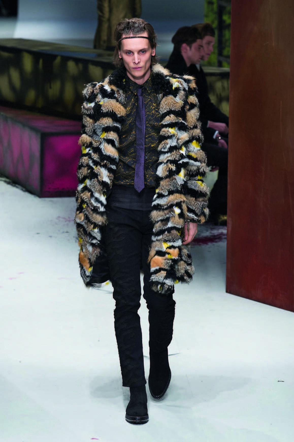 áo hoác lông thú Roberto Cavalli