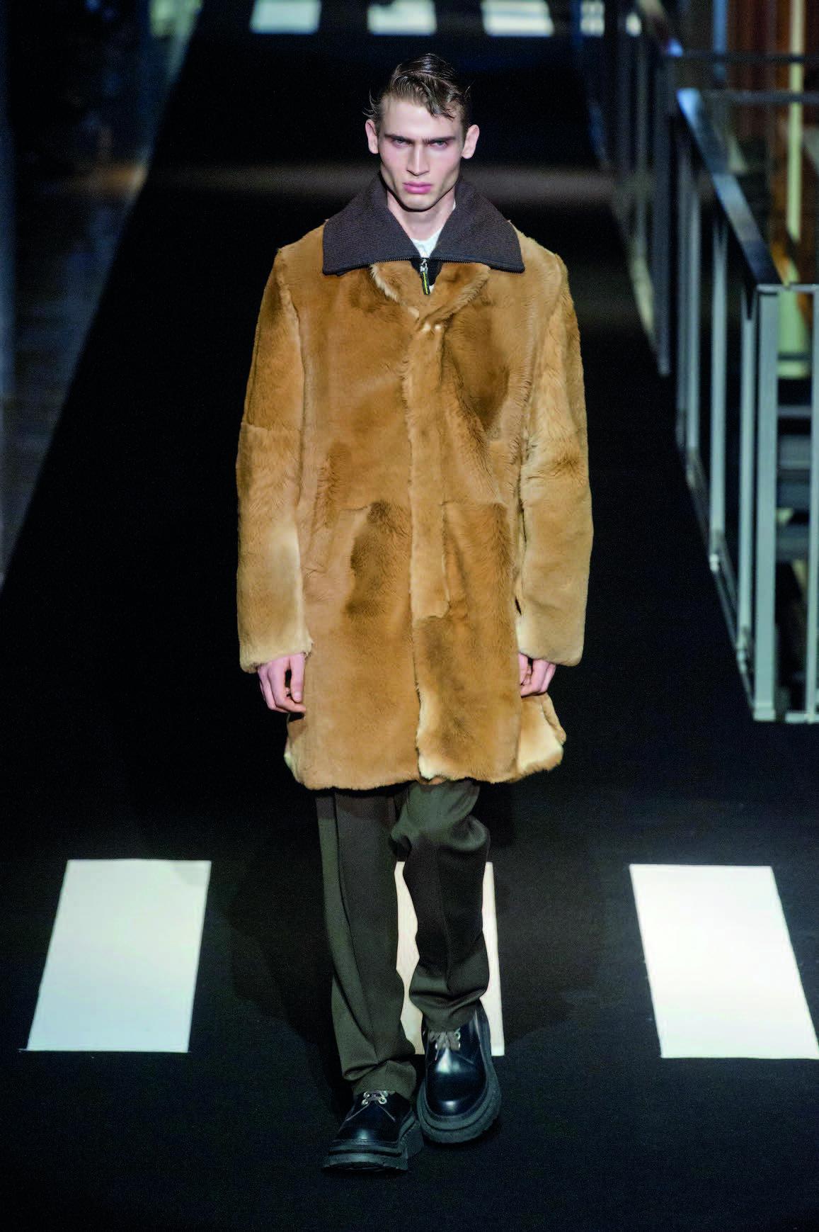 áo khoác lông thú Kenzo