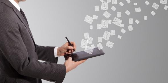 làm chủ email