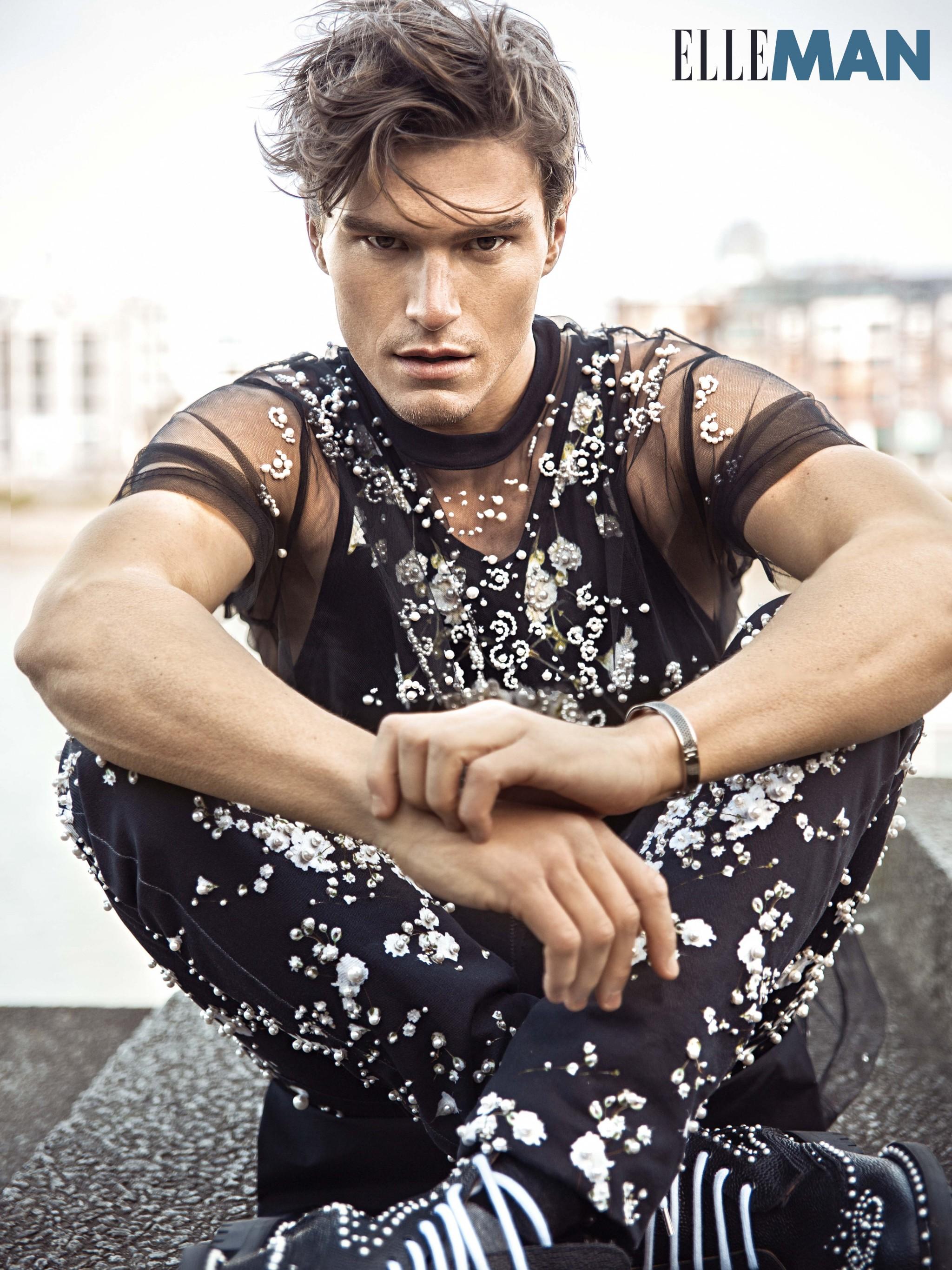 siêu mẫu nam thời trang Oliver Cheshire