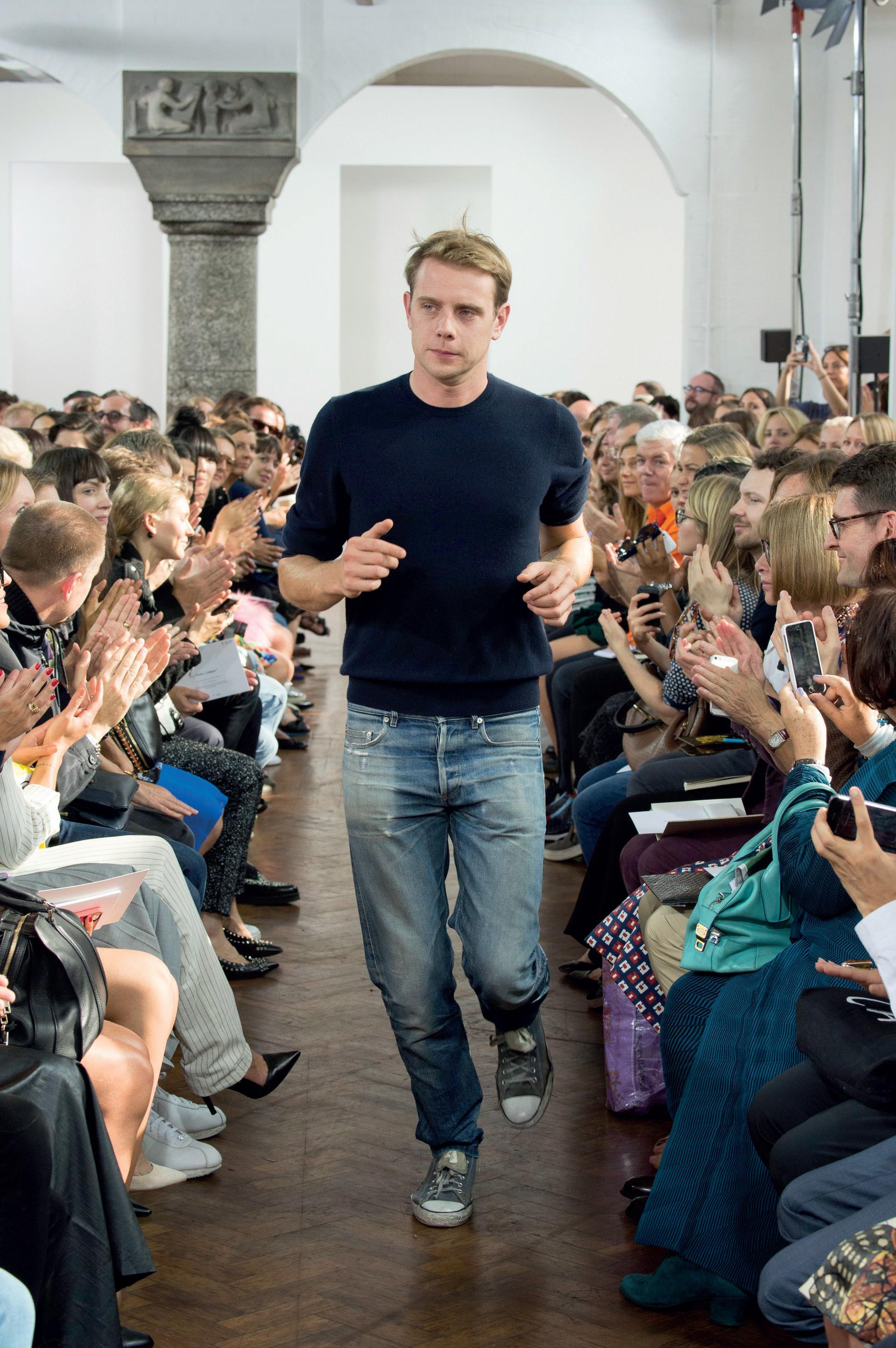 Nhà thiết kế thời trang Jonathan Anderson