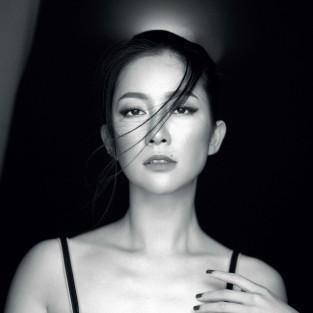 """Diễn viên múa Linh Nga nói về """"Phụ nữ & Tính nữ"""""""