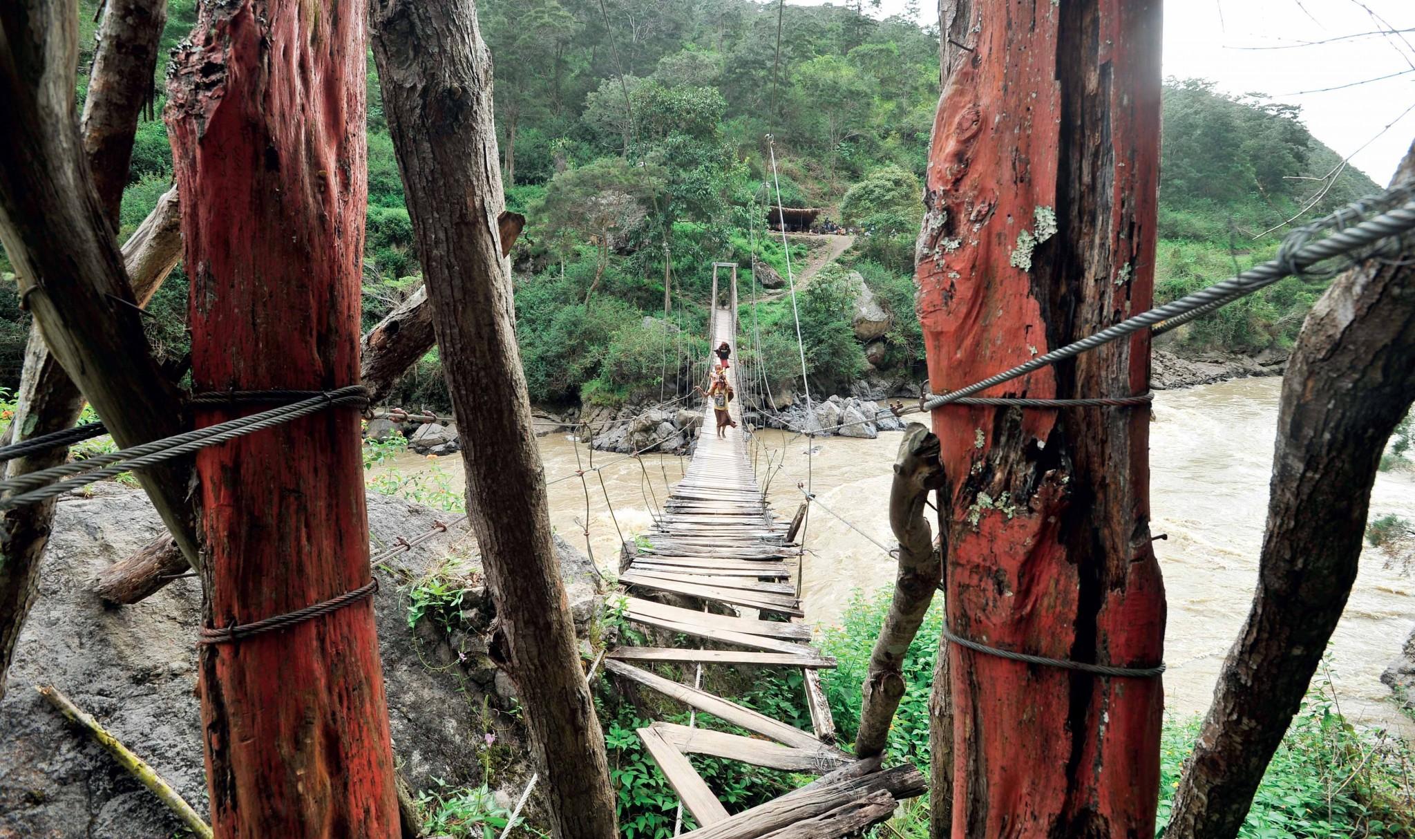 kinh nghiệm đi phượt qua vùng núi hiểm trở ở Indonesia