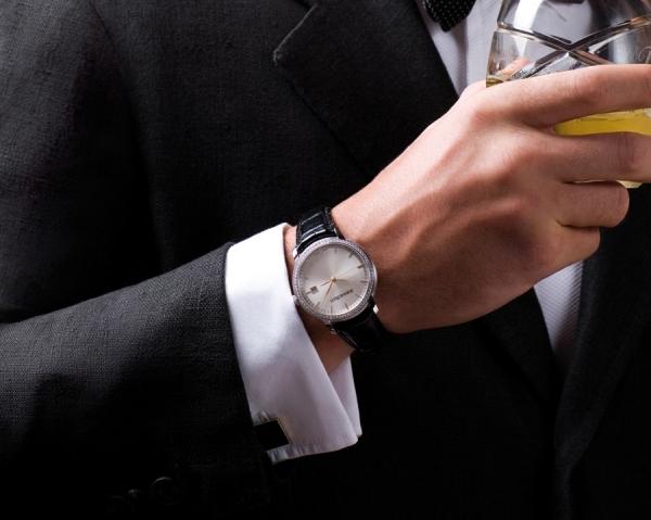 cách chọn đồng hồ nam cho sự kiện black tie