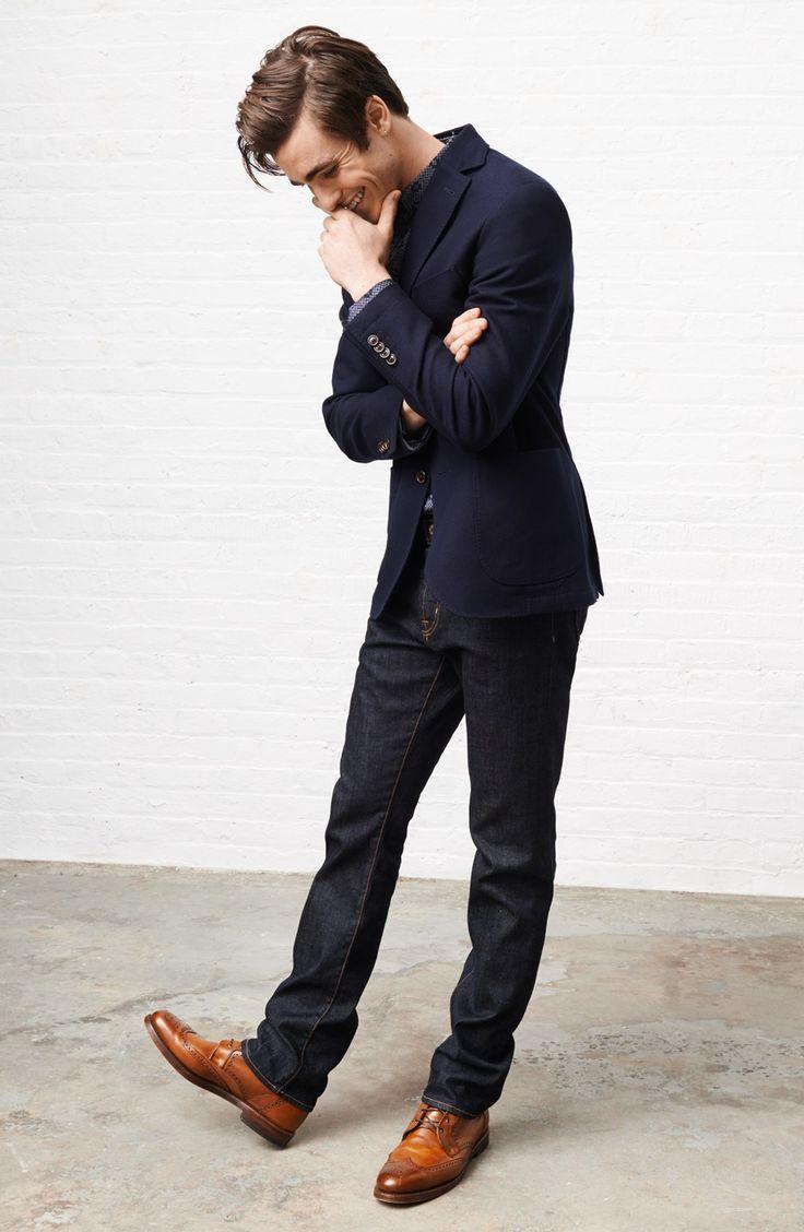4 cách phối đồ với áo vest nam màu xanh-elle man1