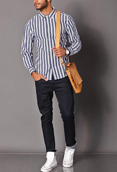 Cách chọn trang phục cho người gầy với trang phục có hoạ tiết sọc dọc giúp bạn trông đầy đặn hơn