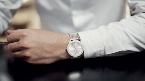 Xu hướng đồng hồ đeo tay nam đẹp kiểu Uniform