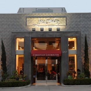 Christian Louboutin mở cửa hàng giày thời trang nam tại Milan