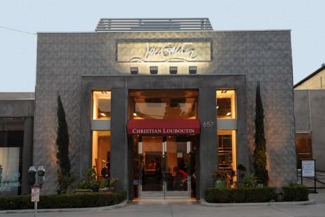 cửa hàng giày thời trang nam Christian Louboutin tại Milan
