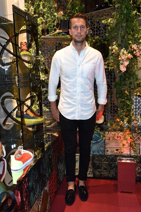 DJ Brendan Fallis tại buổi tiệc của Christian Louboutin