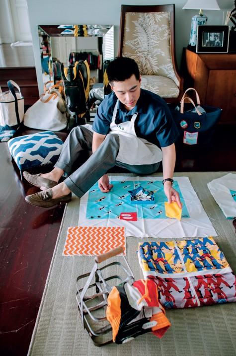 Nhà thiết kế thời trang Pow Foongfaungchaveng: Từ bàn giấy đến bãi biển