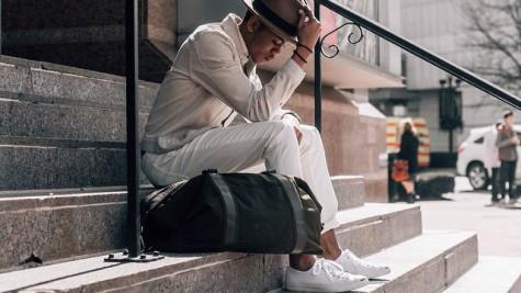 Cách phối màu quần áo với xu hướng Off-white