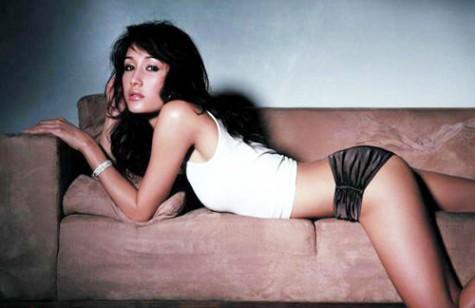 Cơn gió lạ Maggie Q là nhan sắc hiếm hoi từ Châu Á xuất hiện trong phim của Tom Cruise