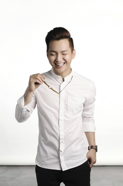 Cách phối đồ đẹp với áo sơ mi nam trắng