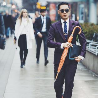 Cách phối quần áo nam cho những ngày mưa
