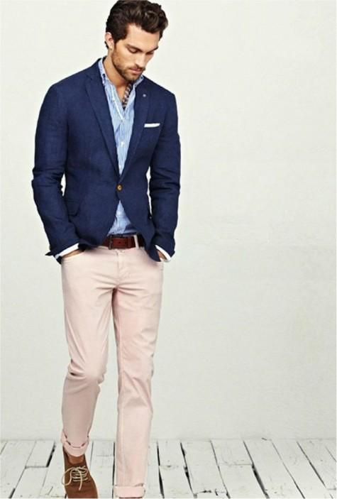 phong cách nam tính với quần chinos màu hồng