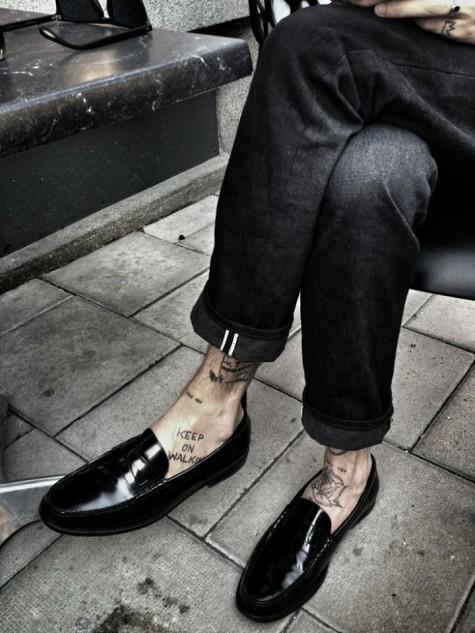 cách phối đồ nam với giày lười loafer