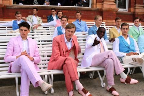 Tạo phong cách nam tính với màu hồng