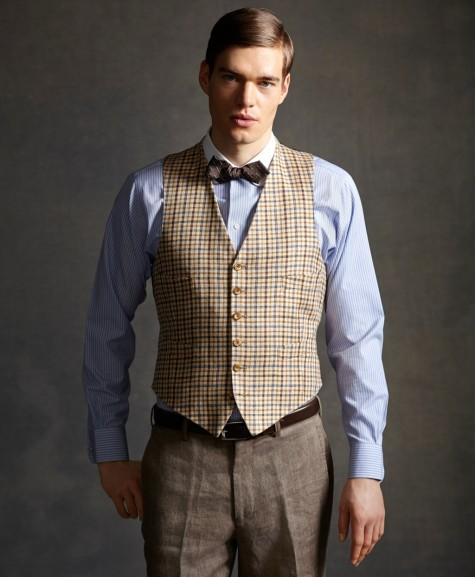 mặc áo vest nam thời trang với áo gi lê ca rô