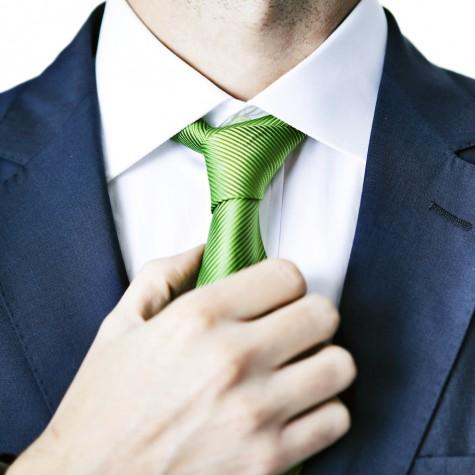 lỗi phối đồ công sở nam nút thắt cà vạt