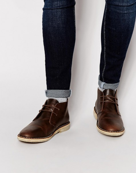 cách mix đồ nam với giày bốt và đồ denim