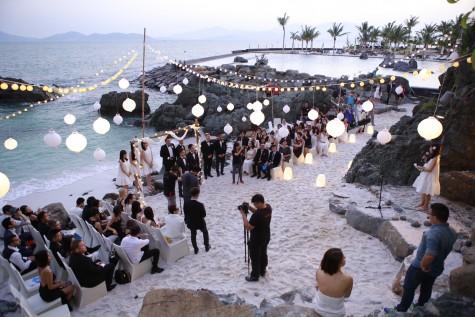 Thời trang dự tiệc cưới không đơn giản như bạn nghĩ