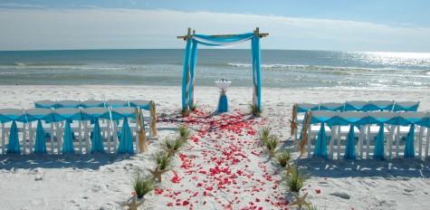 cách ăn mặc đẹp khi dự tiệc cưới ở bãi biển