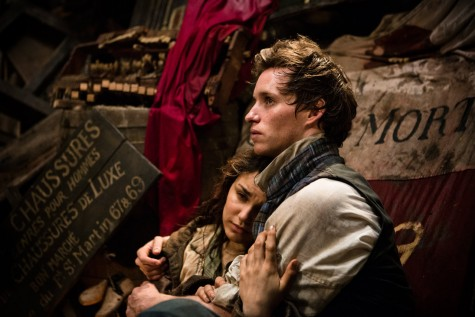 Eddie Redmayne trong vai chàng trai si tình Marius- phim Les Miserables