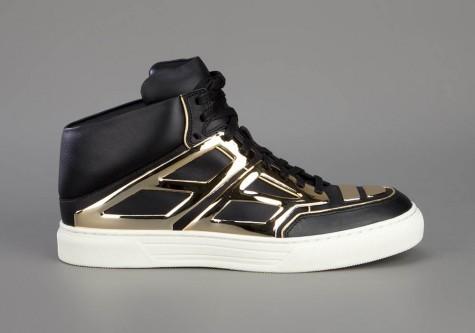 ... hay mẫu giày Tron của Alejandro Ingelmo đều mang nét độc đáo riêng