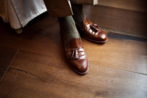 Bạn cũng có thểchọn Tassel Loafer cho phong cách này