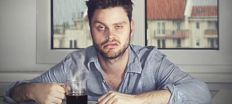 Vẻ mặt của người say rượu thì chả lấy gì làm đẹp đẽ cho lắm