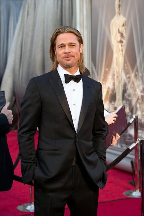 Brad Pitt và sự kết hợp kinh điển, suit đen - nơ đen - sơ mi trắng