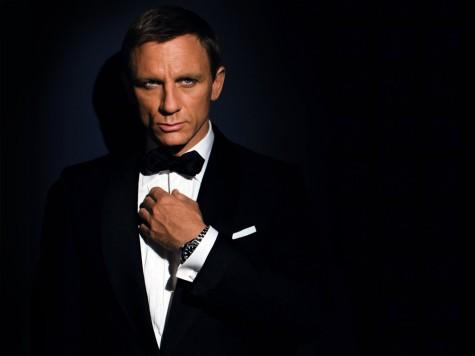 Tuxedo được diện bởi Daniel Craig