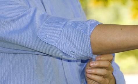 tips mặc áo thun nam và sơ mi cho người có đôi tay nhỏ 1 - elleman vietnam