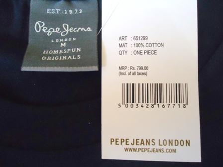 Nên lưu ý phần tag áo để kiểm tra chất liệu phù hợp.