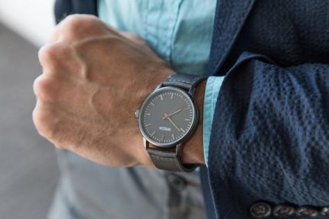 Đồng hồ đeo tay nam hàng hiệu Breda Valor