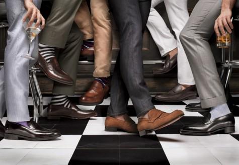 Giày mọi đang là mốt được quý ông trên toàn thế giới ưa chuộng