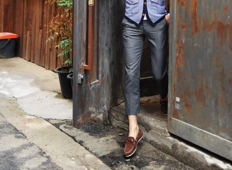 Quần kaki là lựa chọn hàng đầu của các quý ông công sở