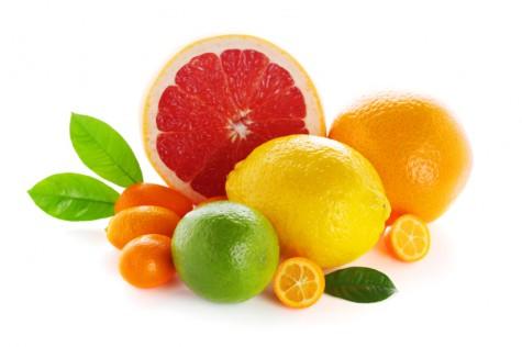 Vitamin C có nhiều trong cam, chanh, quýt
