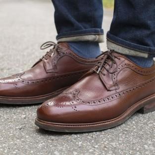Cách chọn và duy trì một đôi giày da nam tốt